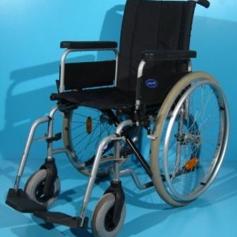 Carucior handicap de la Invacare / sezut 40 cm