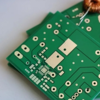 Circuite imprimate la comanda