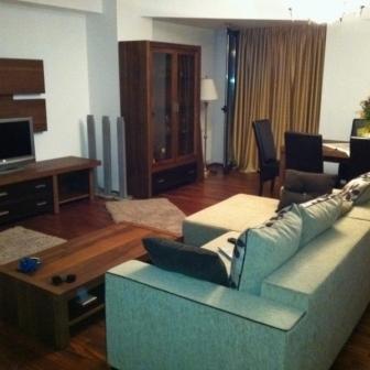 Inchiriez pe termen lung Apartament 4 camere Craiova