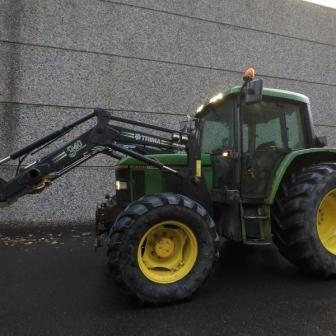 Tractor John Deere 6100 Turbo