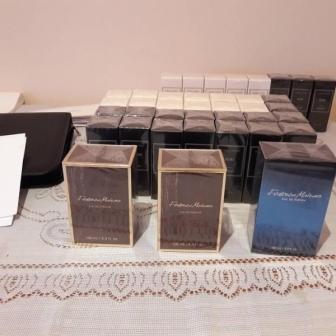 Vand Parfumuri -Produse Cosmetice