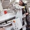 Compania Workforce, Anglia angajeaza operatori cusut margini saltele