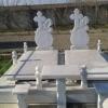 Execut monumente funerare