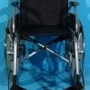 Oferta la scaun rulant pentru persoane cu handicap- sezutul 42 cm