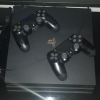 Vand Play Station 4 PRO 1TB + 2 Controler